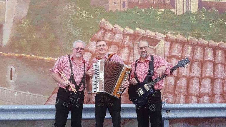 Euro Express plays Edelweiss Oktoberfest – Oct 20