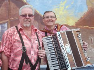 Duo Euro Express play Edelweiss Restaurant – June 8